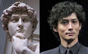 ダビデ像と俳優
